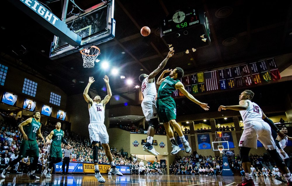 pitts_floater_fairmont_ncaa_2017.jpg