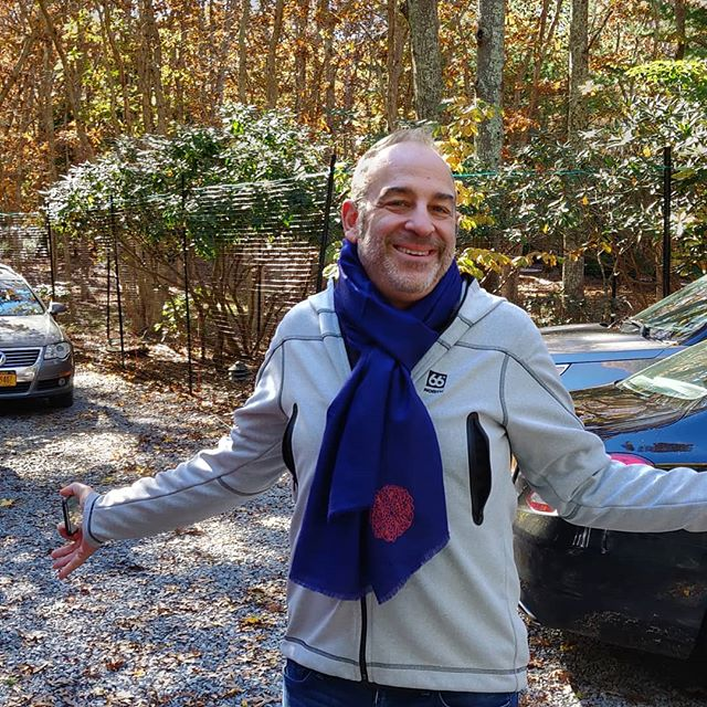It's autumn, and I'm glad to see my mate @mdiamant sporting my lovely Pashmina is royal blue!