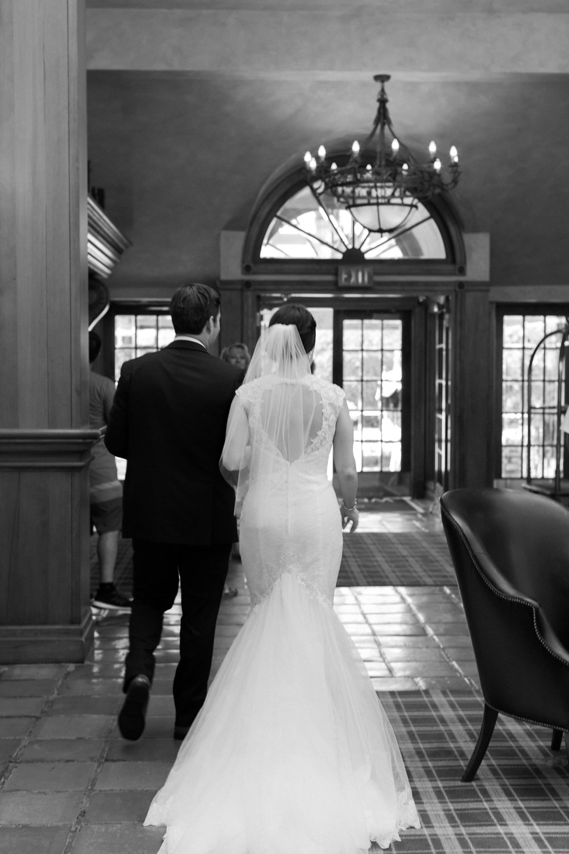 Katie-Howell-Photography-Wedding-Niagra-Falls-Pillar-and-Post12.jpg