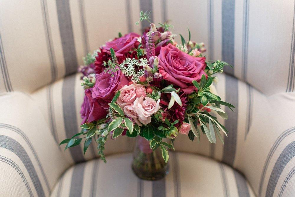 Katie-Howell-Photography-Wedding-Niagra-Falls-Pillar-and-Post4.jpg