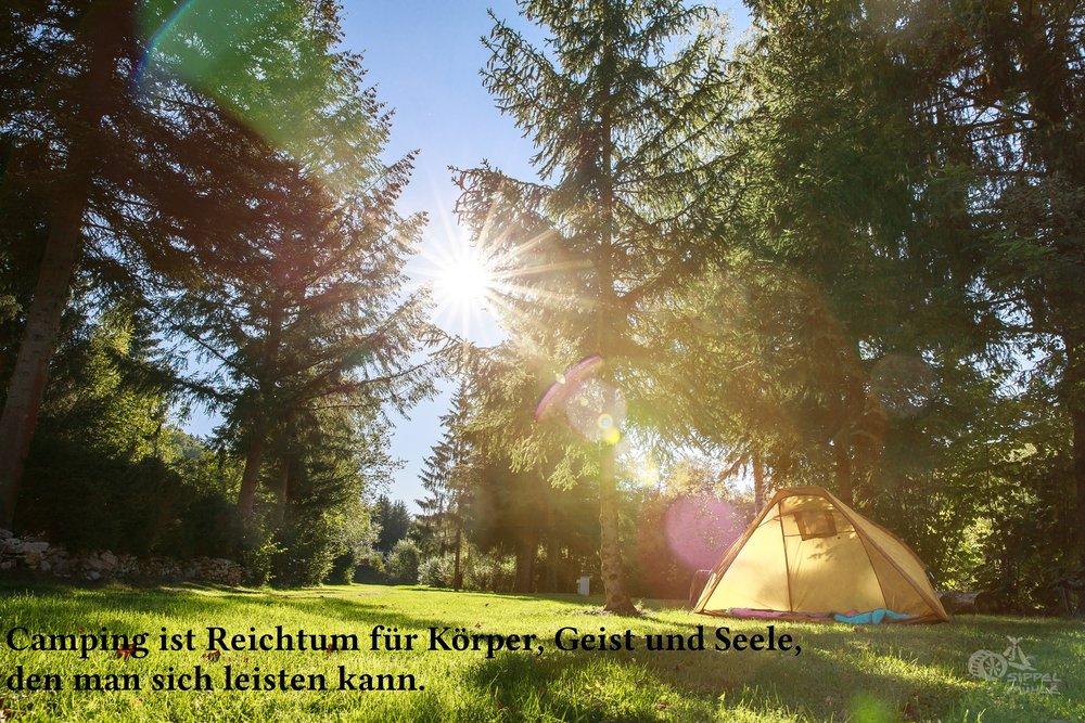 Camping ist Reichtum.jpg