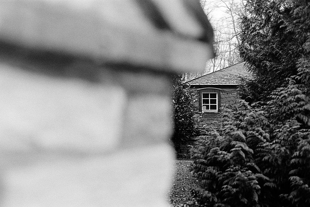 2018-12-12-2211-hidden window.jpg