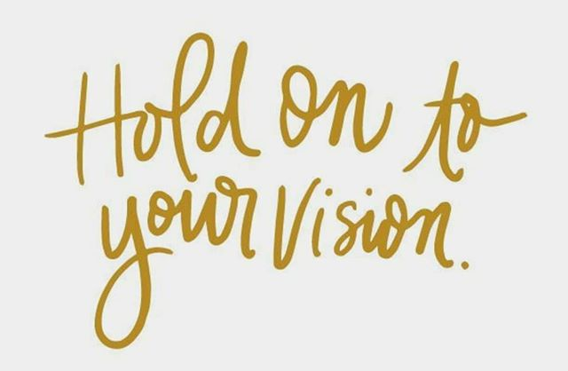 grab your vision and don't let go ❤ . . #mondaymotivation #monday #vision #dontletgo #yougotthis #findyou #loveyou #beyou #naturallyyou . . 📷pc: @scratchpaperstudio