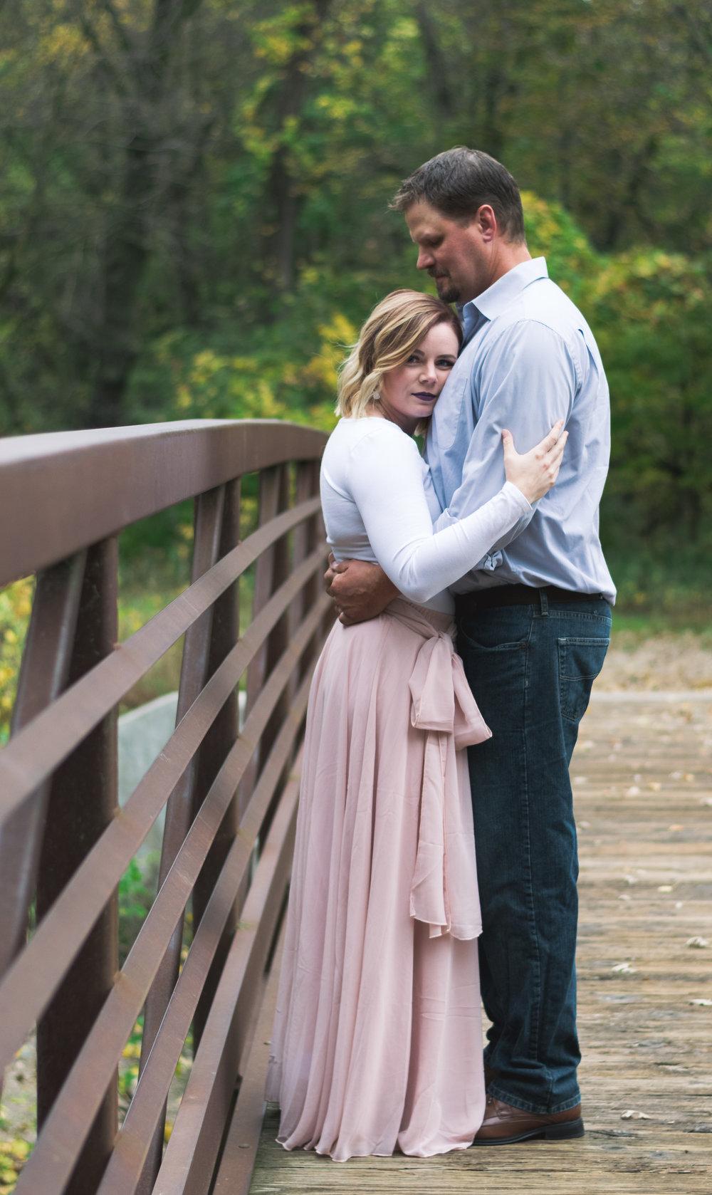 Fargo, North Dakota couples photos - Chelsea Joy Photography