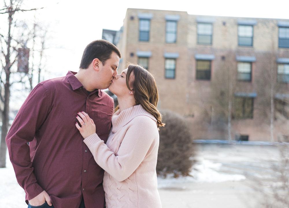 D owntown Fargo Engagement Pictures | Chelsea Joy Photography