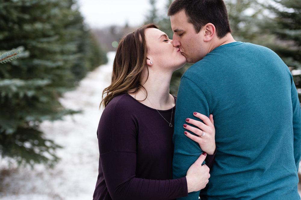North Dakota Wedding Photographer | Chelsea Joy Photography