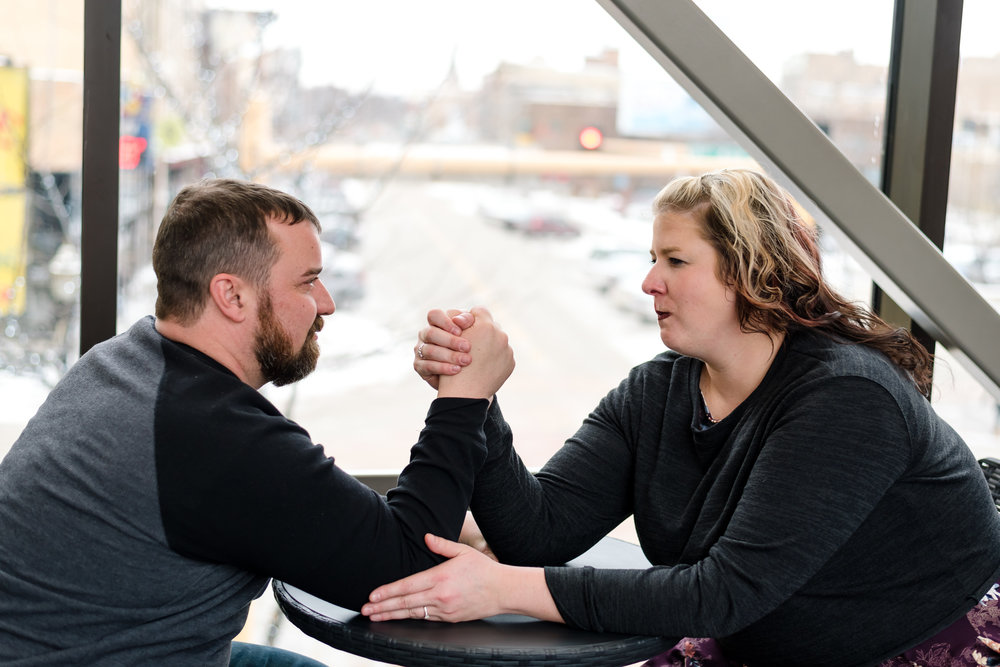 Fargo, ND Engagement Pictures | Chelsea Joy Photography