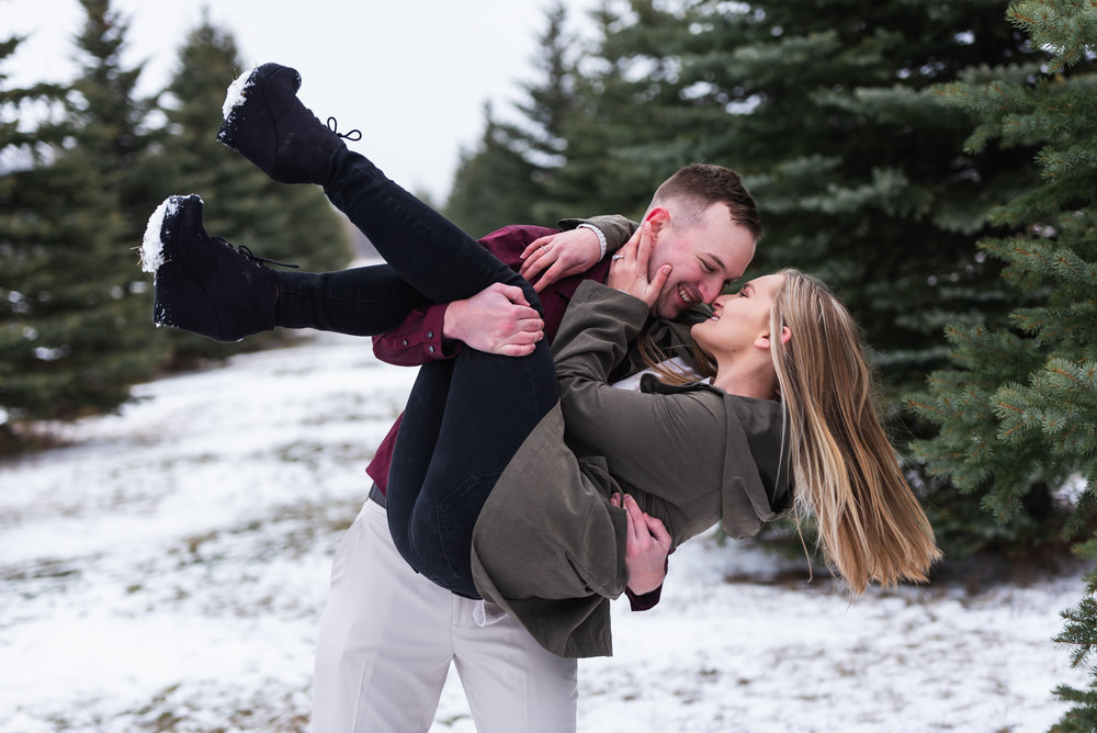 Fargo Winter Engagement Photos - Chelsea Joy Photography