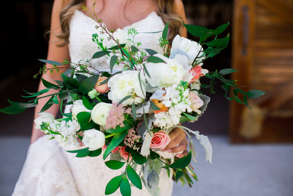 Let's Work Together  - The best compliment that anyone could ever pay me is to say that your wedding, home or event is a reflection of you - that's the goal!Whether you need help dreaming up the perfect wedding florals, making your home feel more welcoming, or bringing a touch of whimsy to your event, let's work together to make that happen.