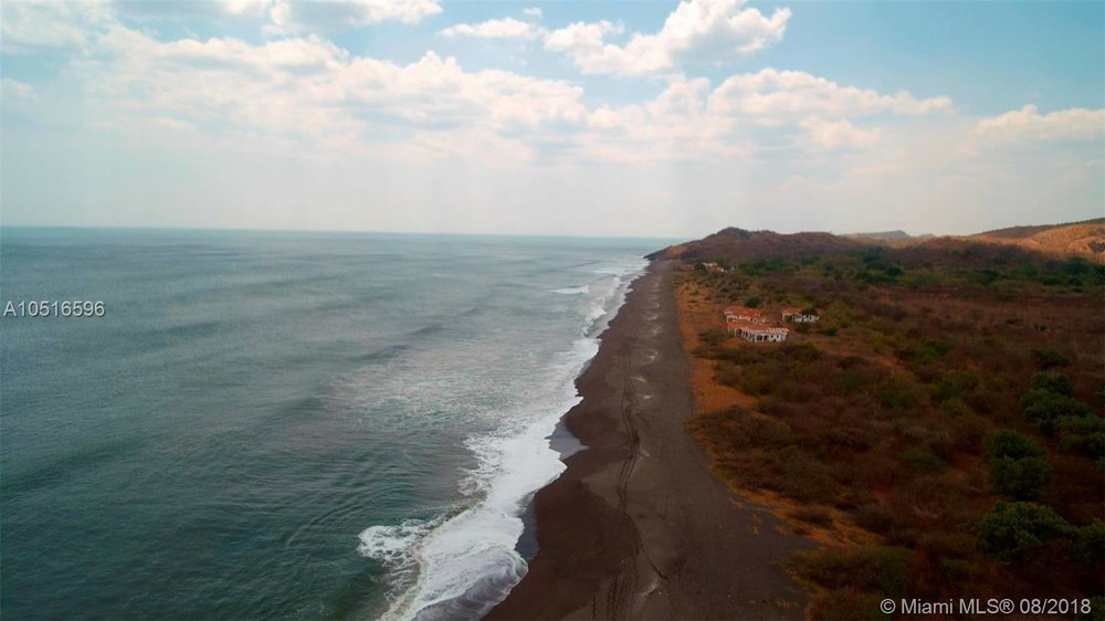 Beachfront for sale Nicaragua 1.jpg