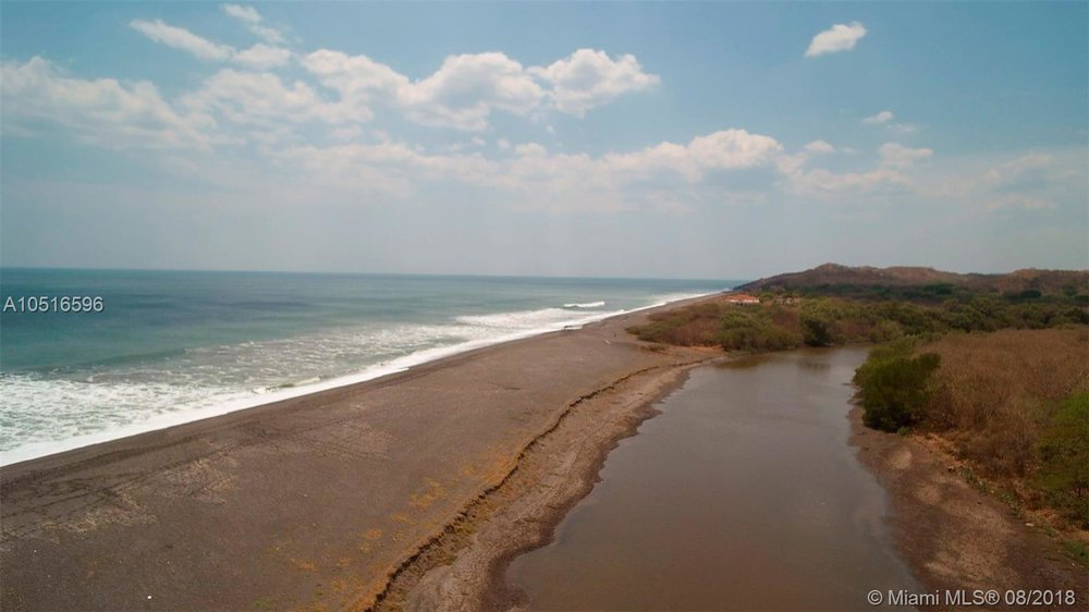 Beachfront for sale Nicaragua 6.jpg