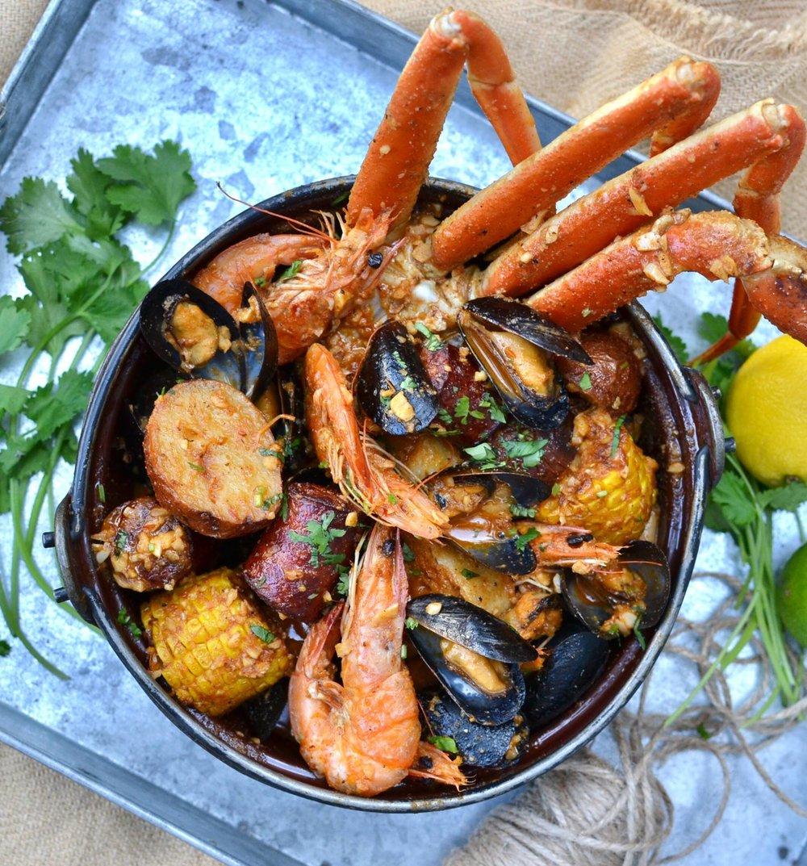 alamar seafood boil.jpg