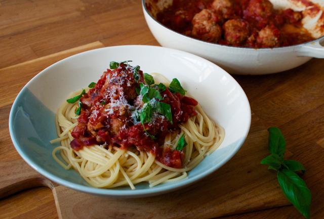 spaghetti-meatballs-midweek