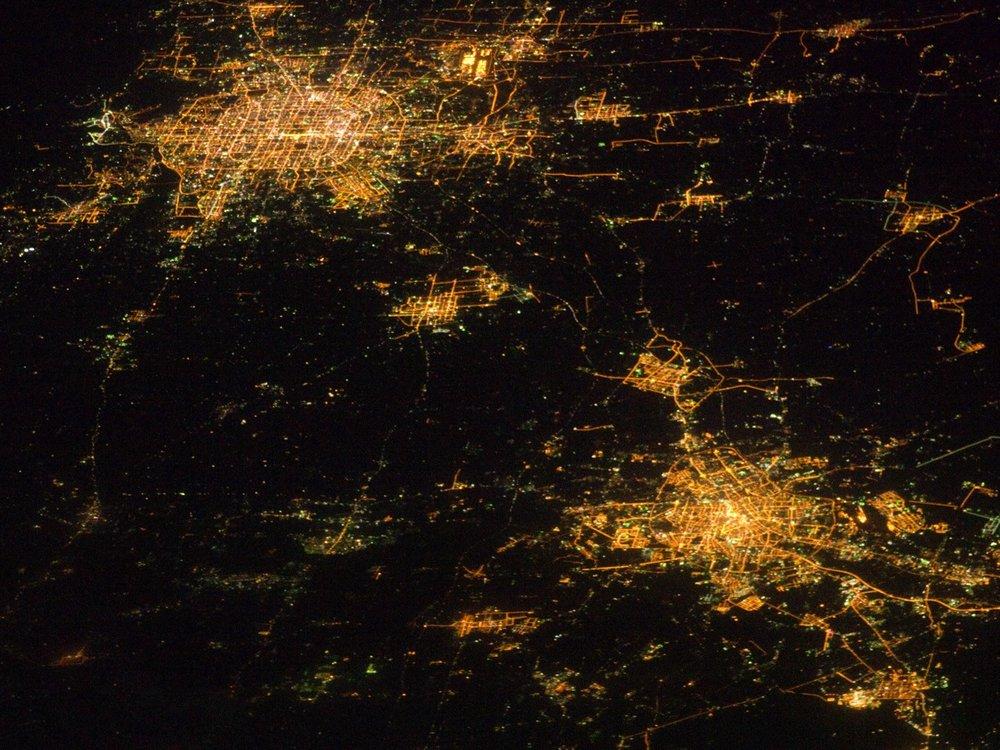 Beijing/Tianjin Lightpools (Source: NASA Observatory  http://www.chinadaily.com.cn/china/2017-05/02/content_29169128.htm )