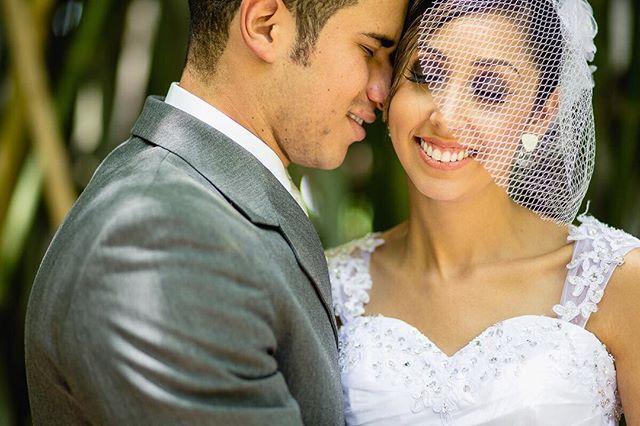Angelica e Heitor 💕  Mais alguém ama noiva de voilette? 🙋🏻😍