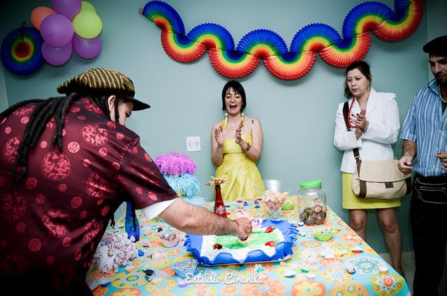 aniversário de 30 anos  Festa à fantasia para comemorar o aniversário de 30 anos no salão do condomínio    Veja mais