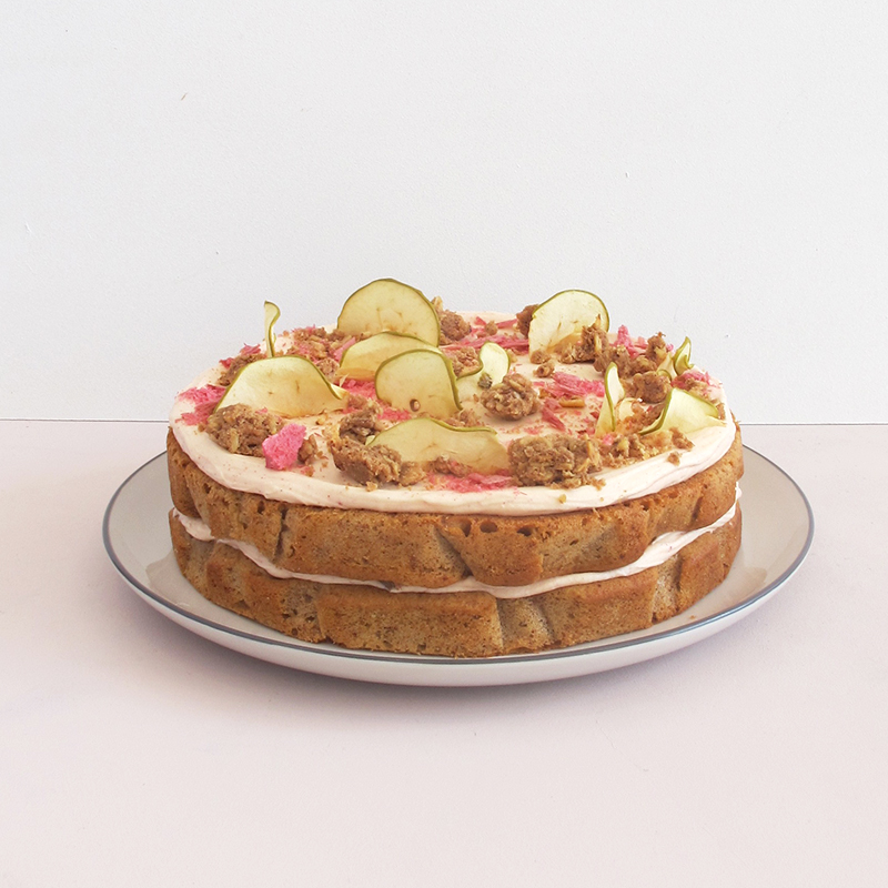 Cake Of The Month Double Layer Apple Rhubarb Crumble Cake The Caker