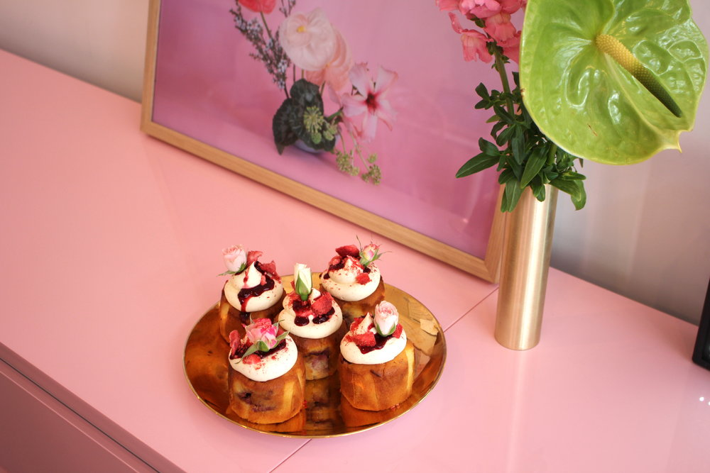 Strawberry Cakes by The Caker