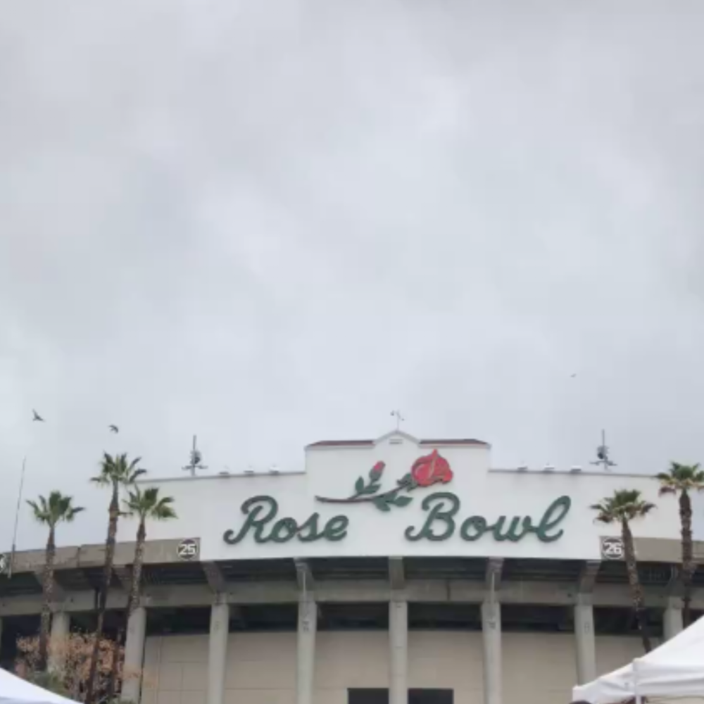 The  Rose Bowl Markets  only happen on the second Saturday of each month and thank god for that because this place got me so overwhelmed - in the best possible way. Throw away any notions of flea markets you may have, as this one is on an entirely new level of its own. Don't come unless you're well fed and well caffeinated.
