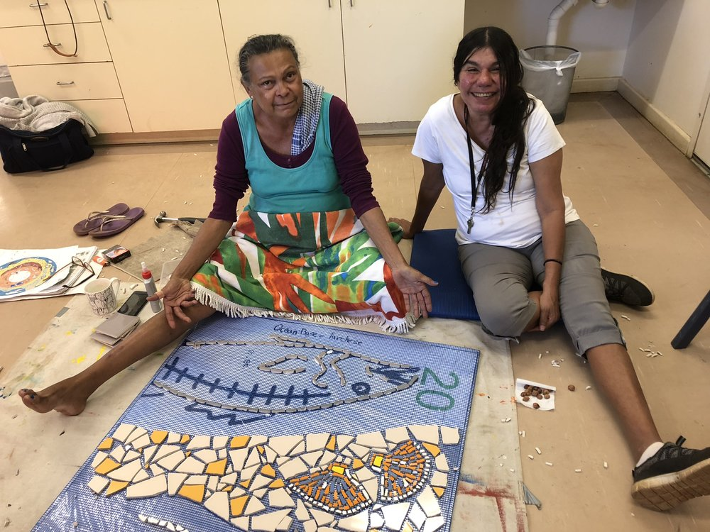 Terricita Corpos and Lorraine Hunter working on a mosaic to be insatlled at Liyan-ngan Nyirrwa. Photo Vanessa Margetts.jpeg