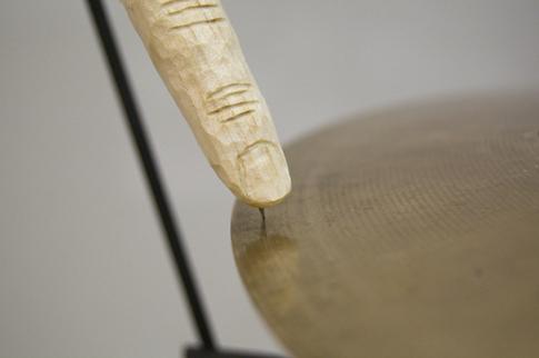 trop-cymbal-finger.jpg