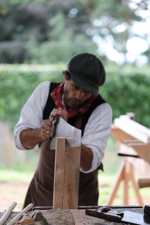 Abdollah Nafisi Sawing Wood