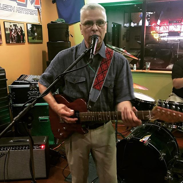 One Shot Johnny's Randall Colvin doing what he do at WPNT. He plays the blues to make you happy. Think about that. . . #campbellsville  #bluesmusic  #realdeal