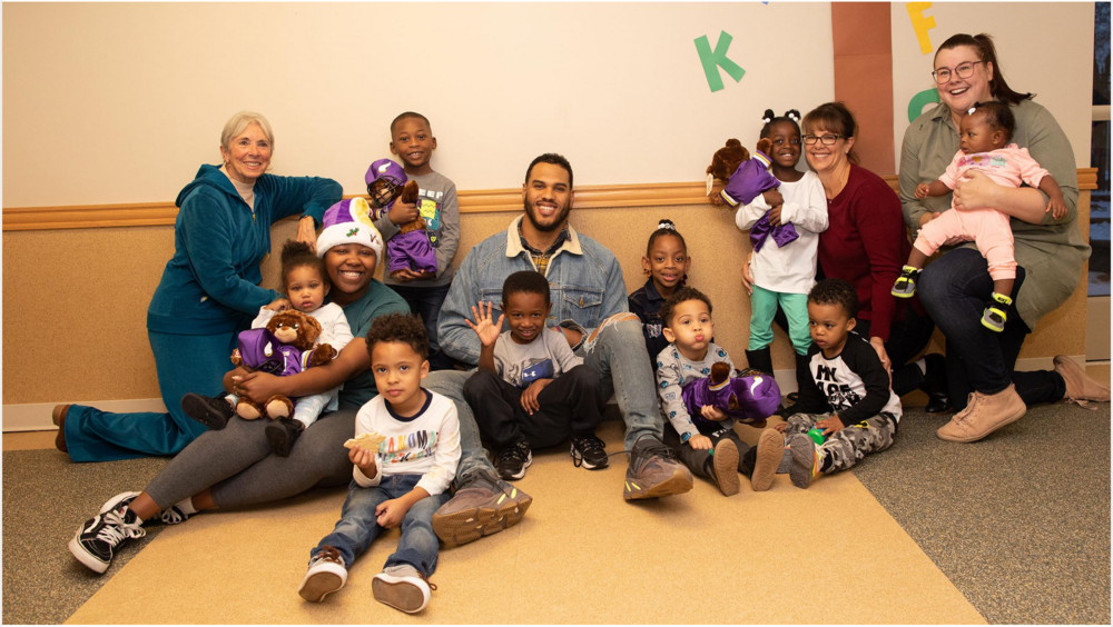 Anthony and Raise the Barr held a special holiday celebration for the families at Jeremiah Program in Minneapolis.   Check out photos and read more   .