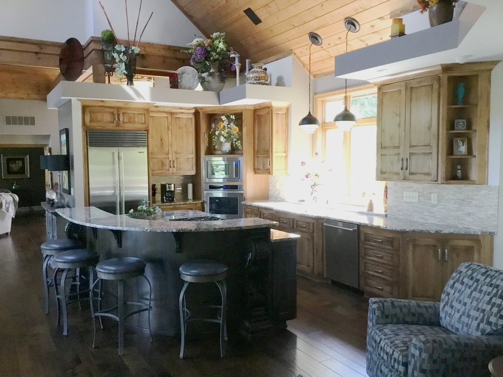 "Karen McArdle - ""Galena Hillside Homes was the best choice we could have made for our home remodel. So professional yet friendly while doing quality work. They work as a team – from the construction to electric to plumbing and everything in between. Almost like having family in the house. I love the results. Best kitchen ever!"""