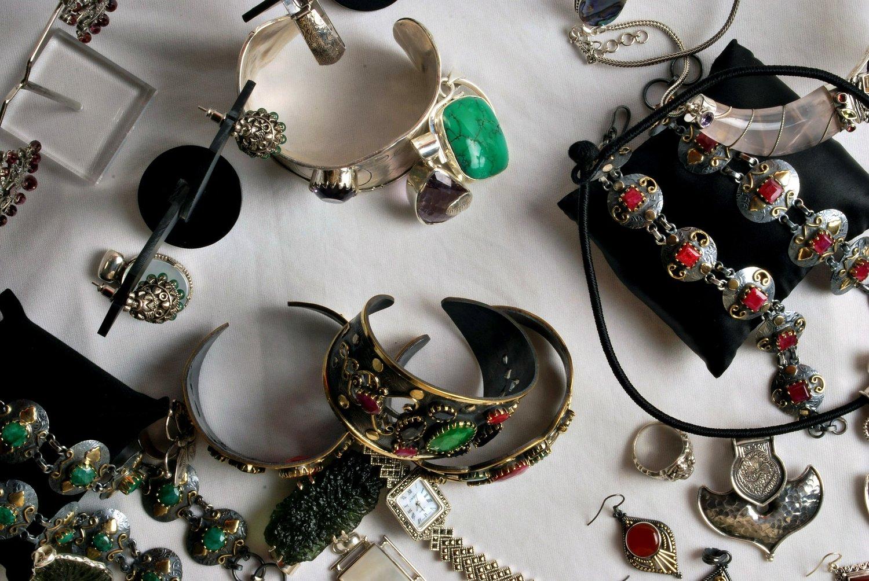 fcbd2837e403 Cómo elegir un tasador de joyas y antigüedades  — Tasando Joyas