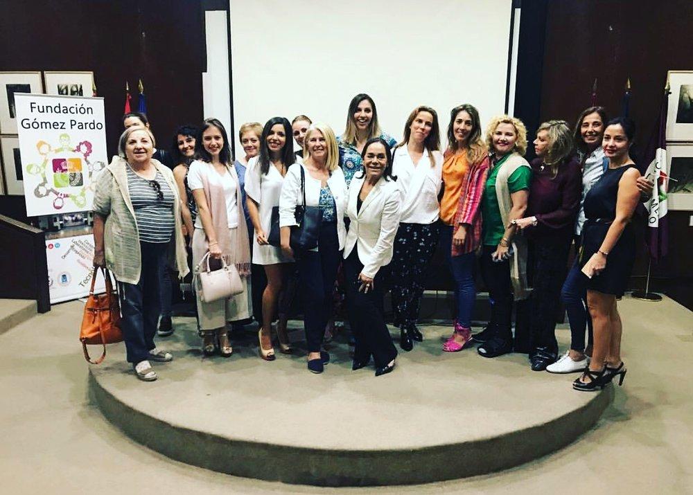 Mujeres brillantes en el instituto gemólogico español