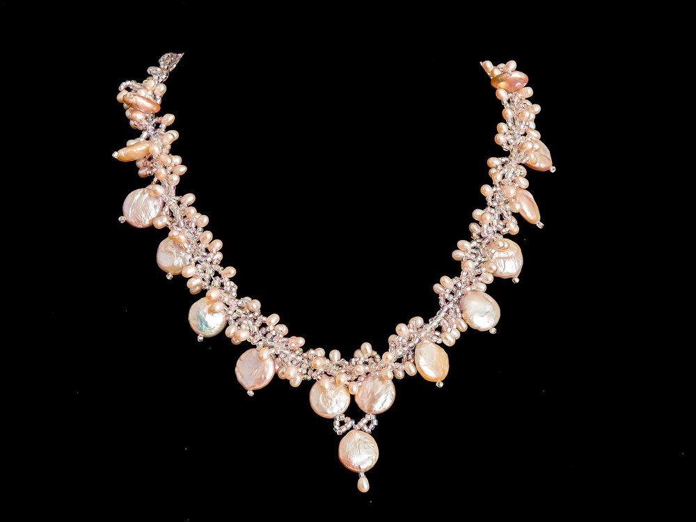 necklace-2125146_1920.jpg