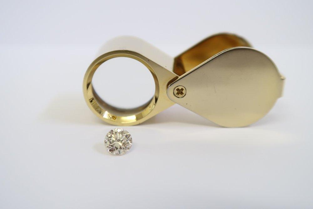 diamantes, como comprar diamantes, características de los diamantes, diamantes.