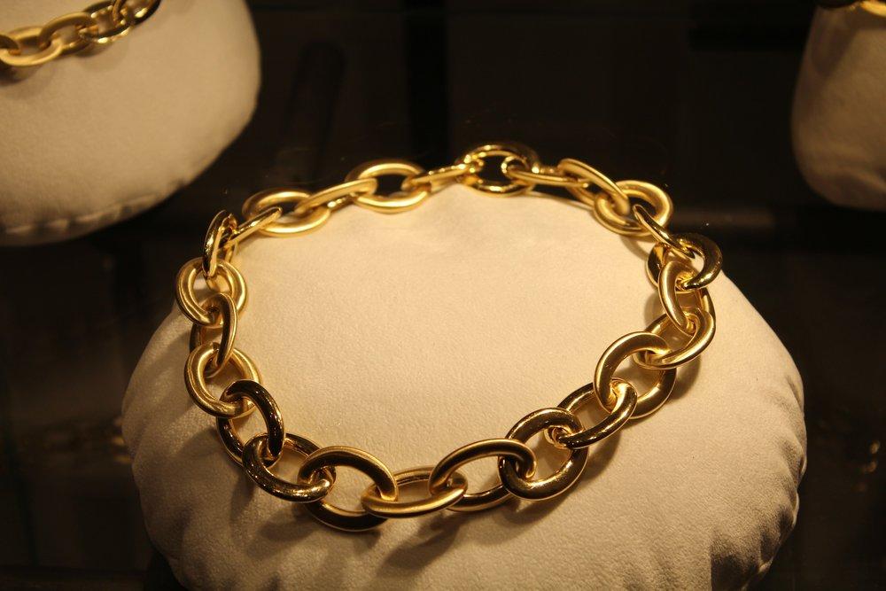 pulsera oro amarillo. asesoramiento venta..jpg