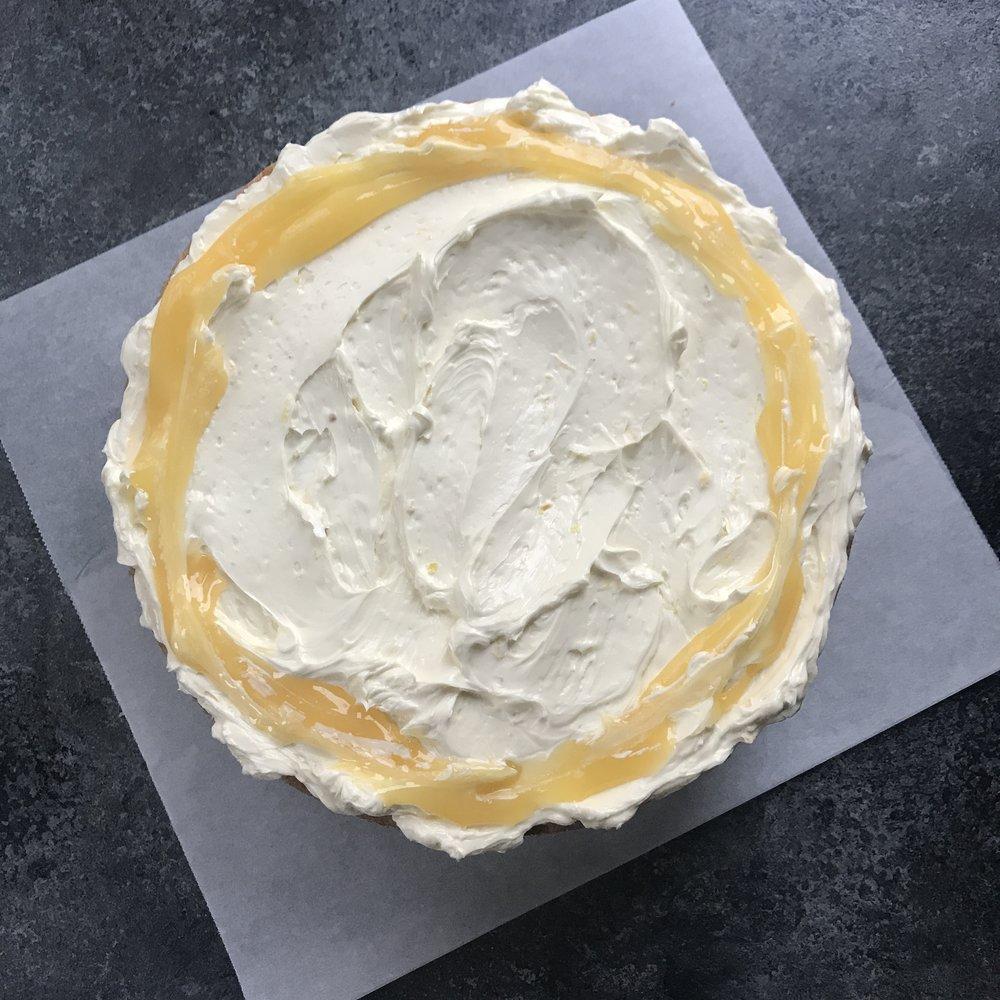 Lemon Drizzle Classic Cake  £40.00