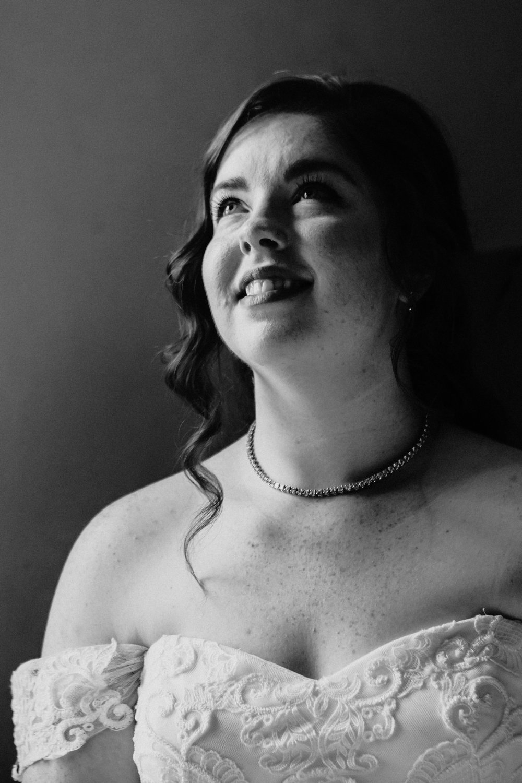 corvallis-oregon-wedding-photographer_Smith-Farms-Prechel-Bride2.jpg