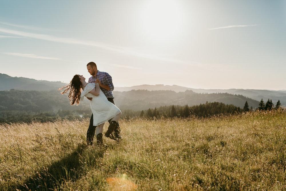 corvallis-oregon-photographer-fitton-green-engagement-photos20.jpg