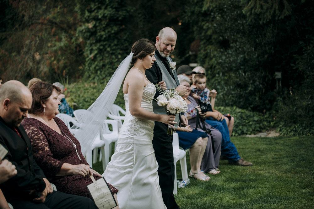 Corvallis-Oregon-Wedding-Photographer-VOLKERS90.jpg