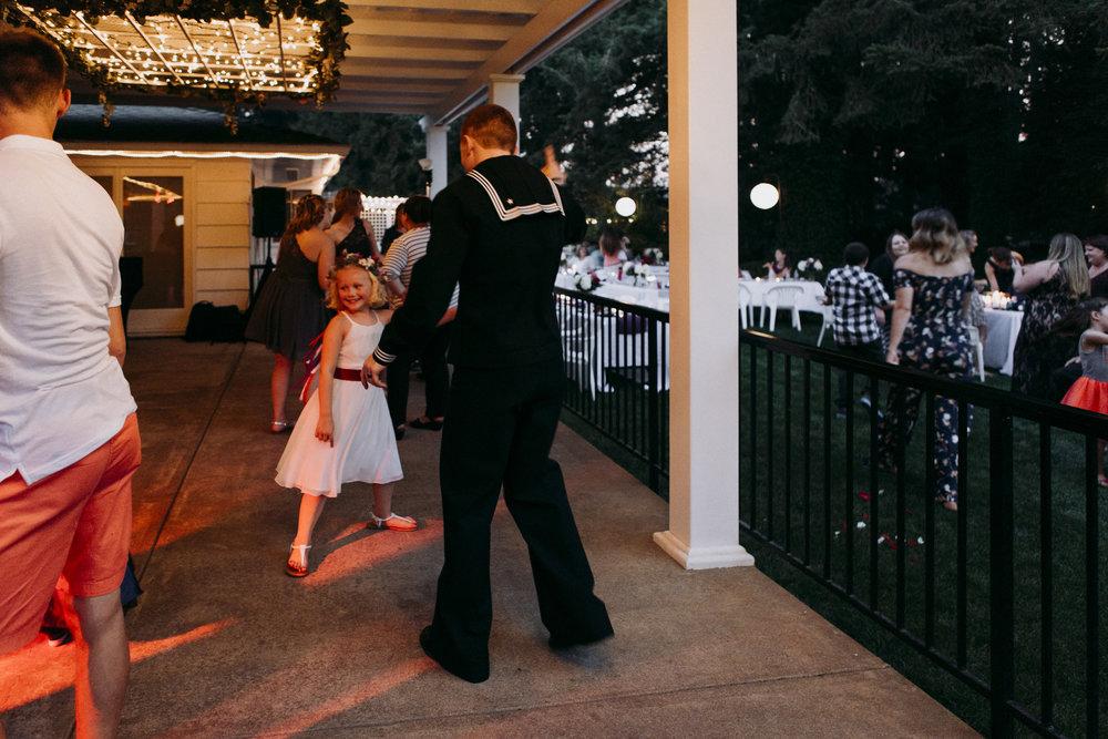 Corvallis-Oregon-Wedding-Photographer-VOLKERS120_1.jpg