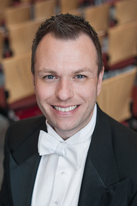 Summer, 2017: THE APOLLO CLUB APPOINTS NEW ARTISTIC DIRECTOR - The Apollo Male Chorus and Master Chorale salute Dr. Aaron Humble as their new Artistic Director and Principal Conductor.