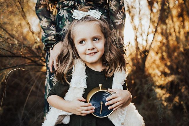 Missing this little bestie of mine and getting all kinds of excited for her to become a big sister😍 So proud of how far she's come over the last few years, if you haven't followed her story go check it out! She was one of my first little models ever so she will eternally have a very special place in my heart❤️ Working on some new shoots with her and her mama in a couple weeks, stay tuned for more cute pics of miss Fin!