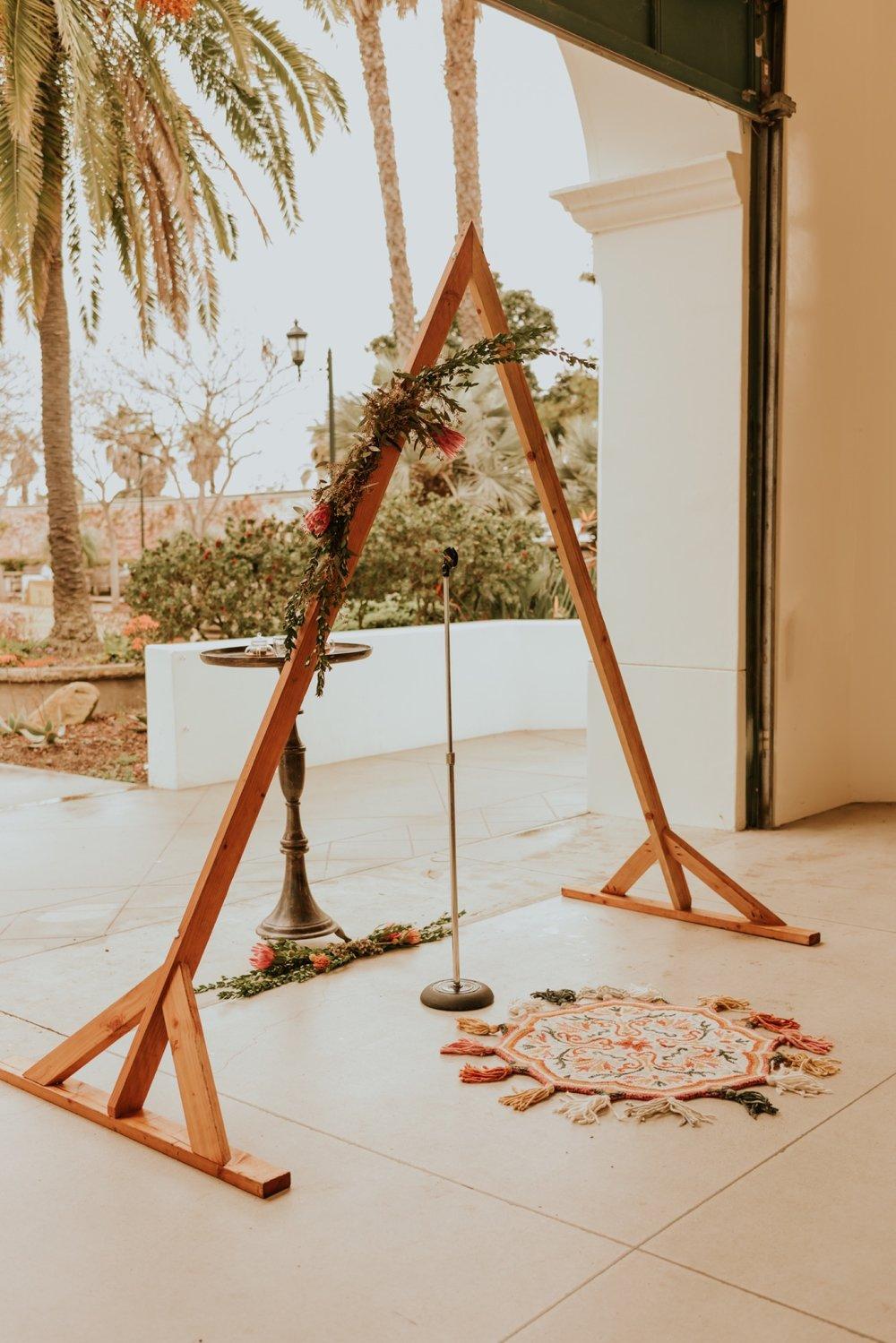 carousel-house-santa-barbara-wedding-ceremony-10.jpg