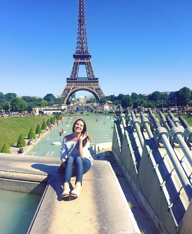 Lauren, 26 - Favorite Place? ParisBucket List Destination? IstanbulGo-To Drink? MargaritaBest Travel Tip? Travel may seem out of reach in your twenties when money is tight, but learn to use credit wisely+ get a credit card that rewards you to make travel possible.