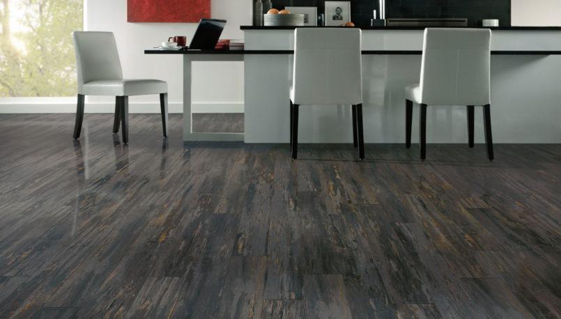 grey-laminate-flooring-colors-with-light-grey-interior-furniture-design-805x458.jpg
