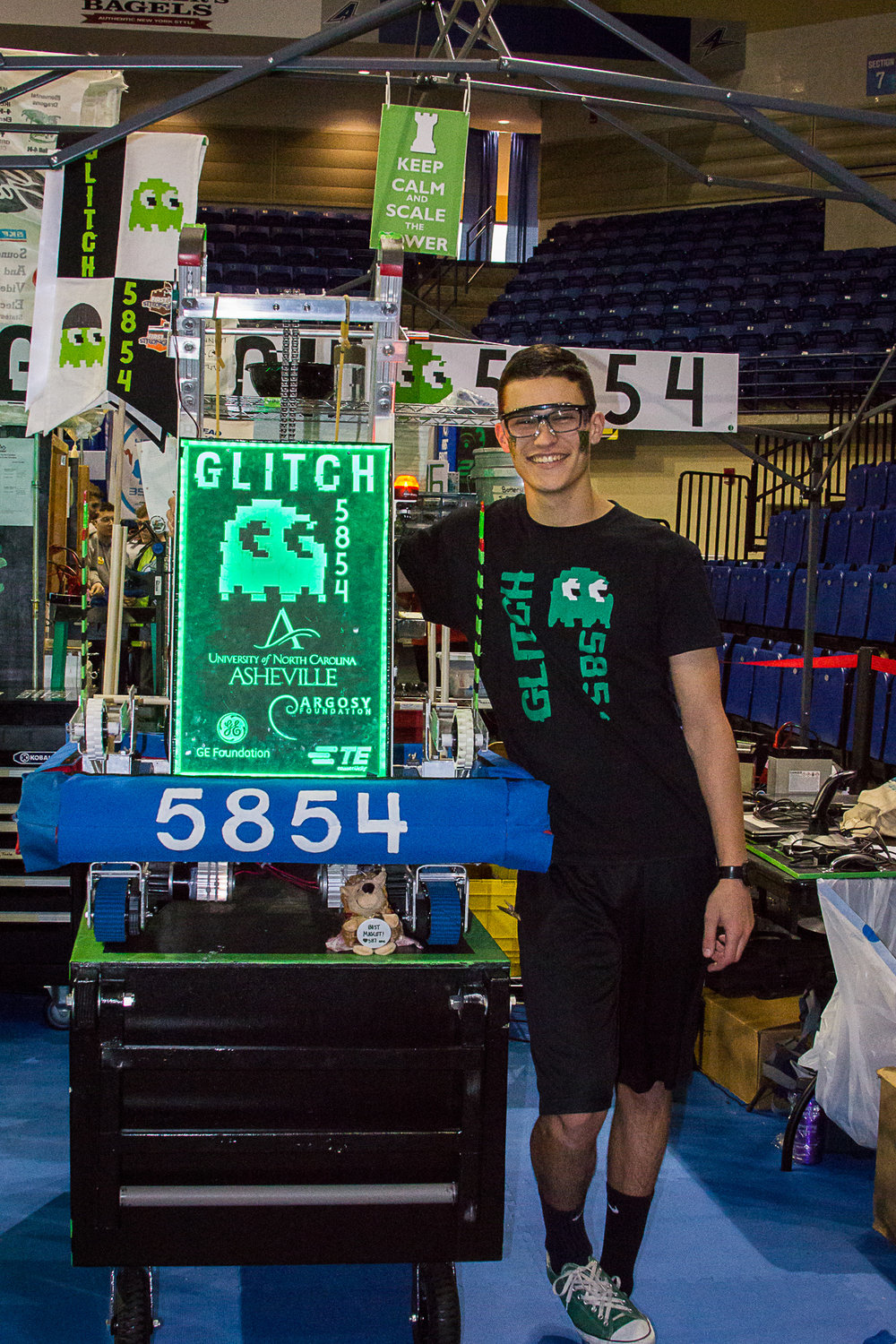 FRC UNCA, photo credit Liam Pohlman.jpg
