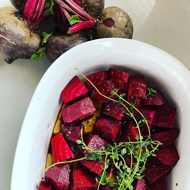 "Beetroot is a veg that I actually never used to eat or enjoy...until I learnt to roast it in the over with balsamic vinegar, olive oil and herbs. It makes the most delicious side dish and the left over ""juice"" makes the best salad dressing. . . . How pretty and festive does it look too? . . . #veggie #veggielover #beetroot #superfood #homegrownherbs #familyfood #gardenroute #freshfood #saladrecipe #foodie #foodporn #sidedish #yum #summerfood"