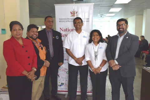 Chaguanas Mayor His Worship Gopaul Boodhan (3rd from left) is flanked by Rayan Ramoutar, Consultant with the GSPP; Tracy Hackshaw, Programme Manager & Head of the Programme Execution Unit GSPP; Raj Ramdass, Director RSC International; Sugan Ramdass, Director RSC International; Chrisen Maharaj, Manager, Capacity Building and Programme Financing EXPORTT.