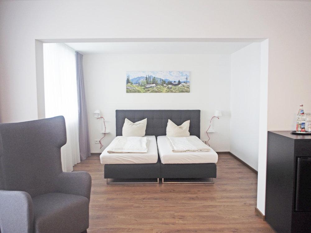 Neu-ausgebaute-Zimmer-(7).jpg