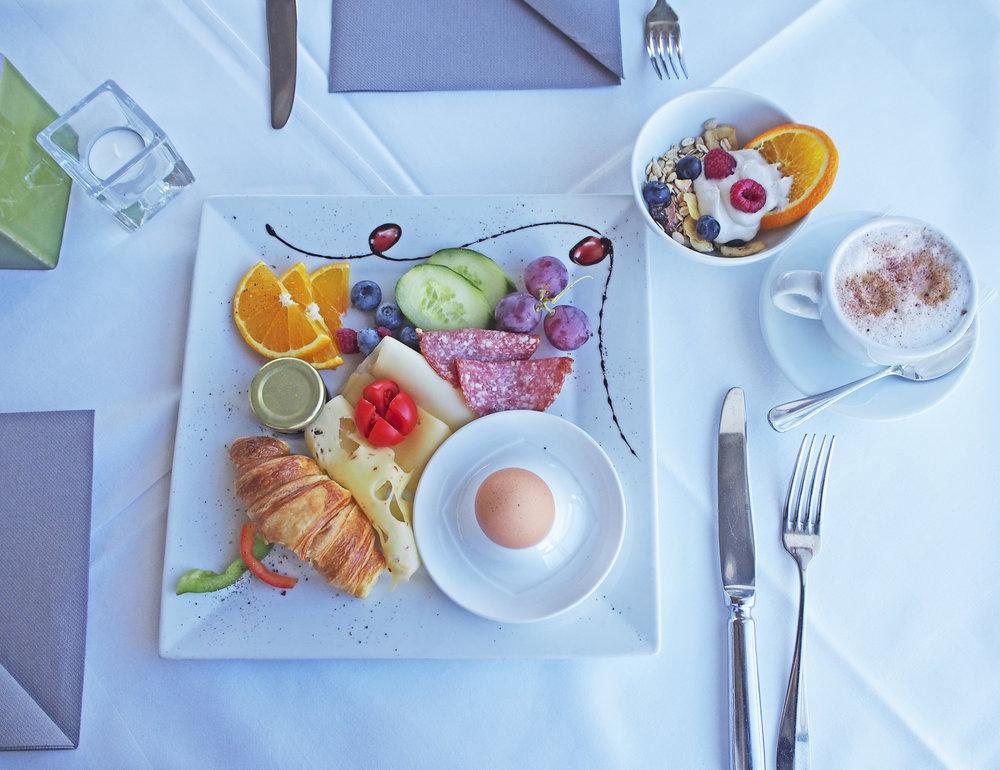 Frühstückstisch_GUT (4).jpg