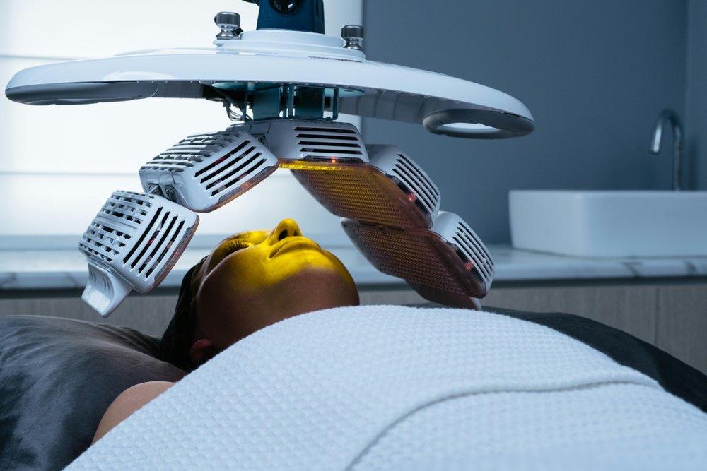 Healite LED II830nm wavelengthYellow Light - > wound healing> pain relief> skin rejuvenation> scar treatment